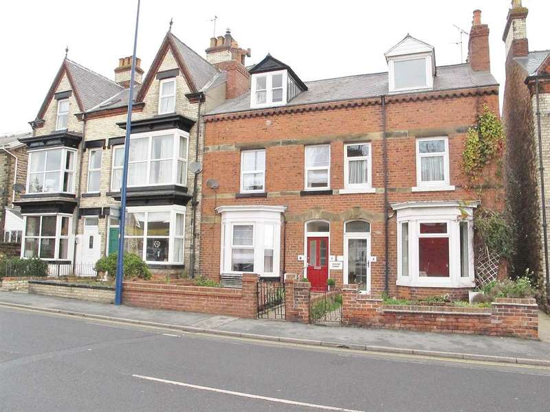 2 Bedrooms Apartment Flat for sale in Station Avenue, Filey