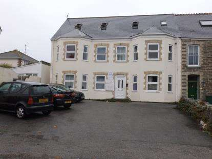 1 Bedroom Flat for sale in Newquay, Cornwall, .