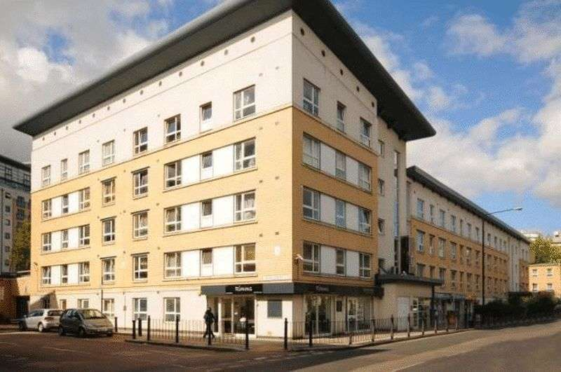 2 Bedrooms Flat for sale in Westferry Road, London