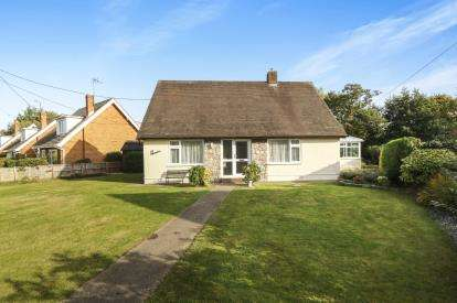 3 Bedrooms Bungalow for sale in Tower Way, Abergele, Conwy, North Wales, LL22