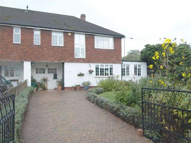 3 Bedrooms Property for sale in Crescent Road, Beckenham, BR3