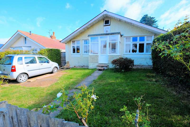2 Bedrooms Detached Bungalow for sale in St Annes Road, Tankerton, Whitstable, CT5