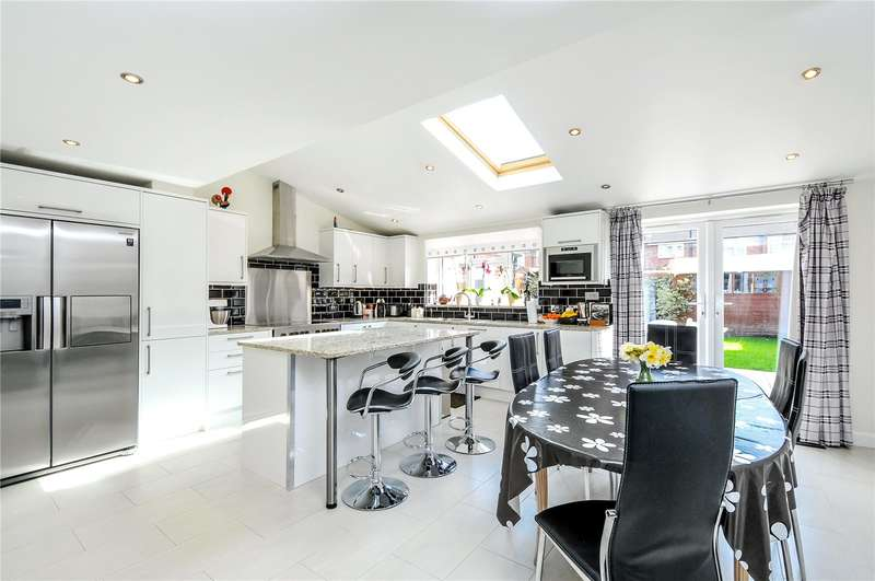 4 Bedrooms Semi Detached House for sale in Chesham Way, Watford, Hertfordshire, WD18