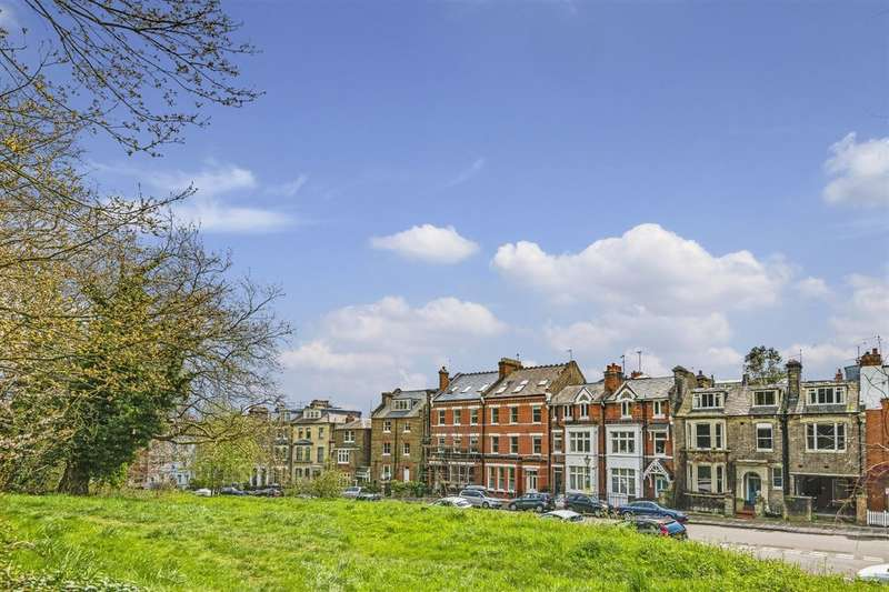 5 Bedrooms Flat for sale in Willow Road, Hampstead Village, NW3