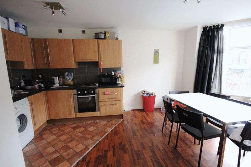 5 Bedrooms Terraced House for rent in Headingley Mount, Headingley, LEEDS