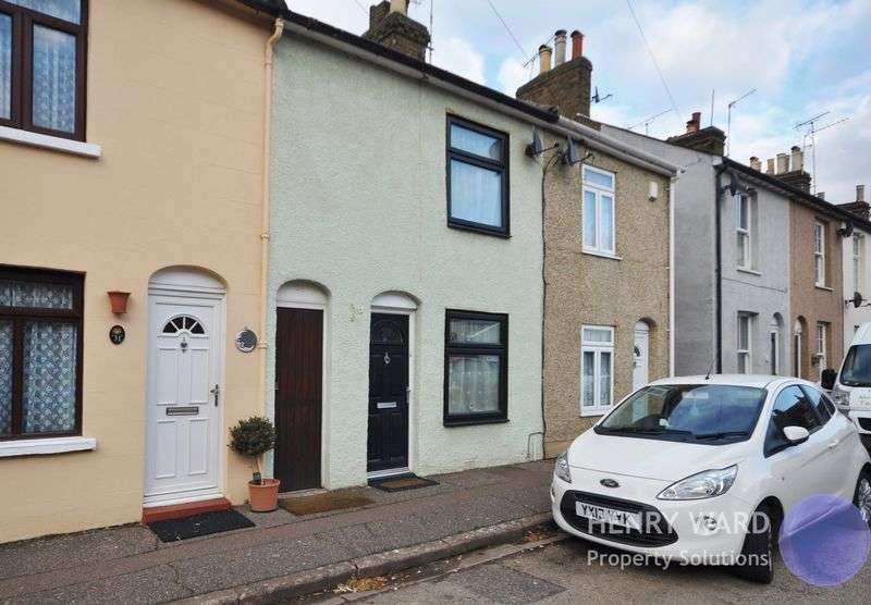 2 Bedrooms Terraced House for sale in Greenfield Street, Waltham Abbey