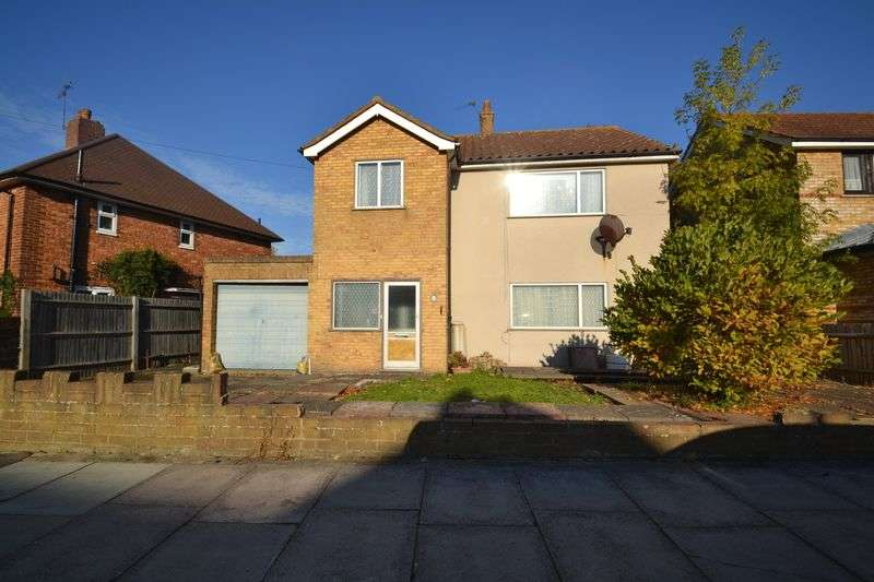 3 Bedrooms Detached House for sale in Lovelace Avenue, Bromley/Petts wood