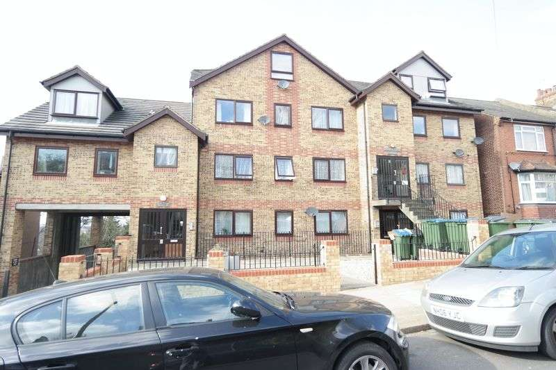 2 Bedrooms Flat for sale in Cantwell Road, Shooters Hill