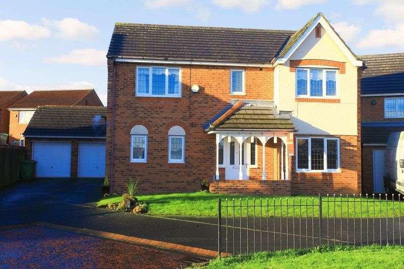 4 Bedrooms Detached House for sale in Stirling Close, Sunderland, Tyne and Wear, SR4