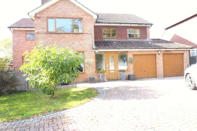 4 Bedrooms Detached House for sale in Park Lane, Fareham
