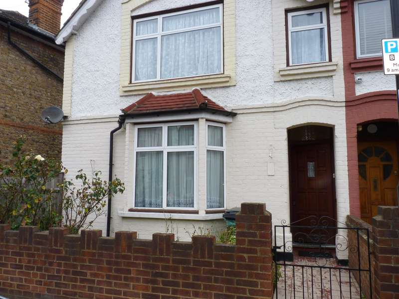 3 Bedrooms End Of Terrace House for sale in Wearside Road, SE13