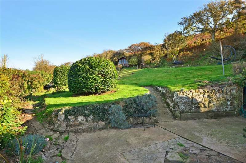 4 Bedrooms Detached House for sale in Southdown Lane, Chale, Isle of Wight