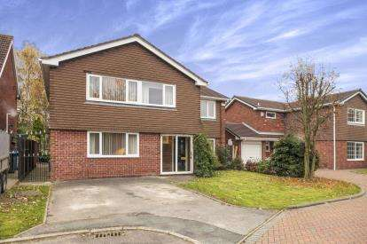 5 Bedrooms Detached House for sale in Ackerley Close, Cinnamon Brow, Cheshire, Warrington