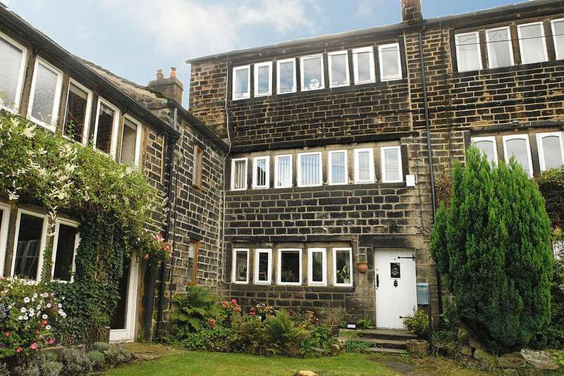 4 Bedrooms Cottage House for sale in Shaws, Uppermill, Saddleworth
