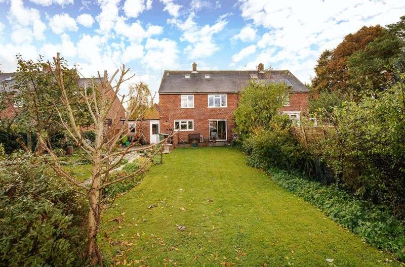 4 Bedrooms Semi Detached House for sale in Courtiers Green, Clifton Hampden