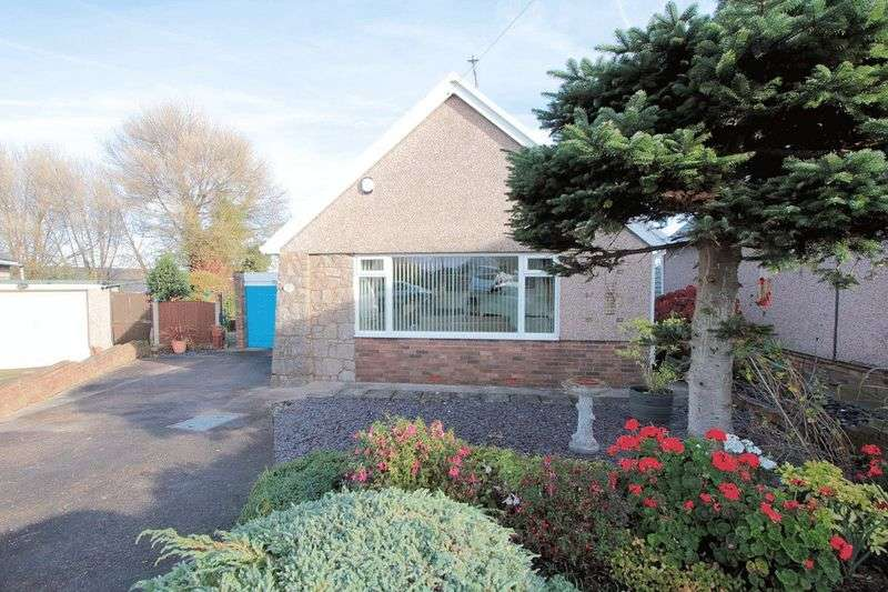 2 Bedrooms Detached Bungalow for sale in Gareth Close, Rhyl