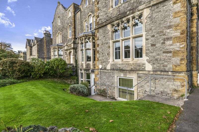4 Bedrooms Flat for sale in Linden Road, Clevedon BS21
