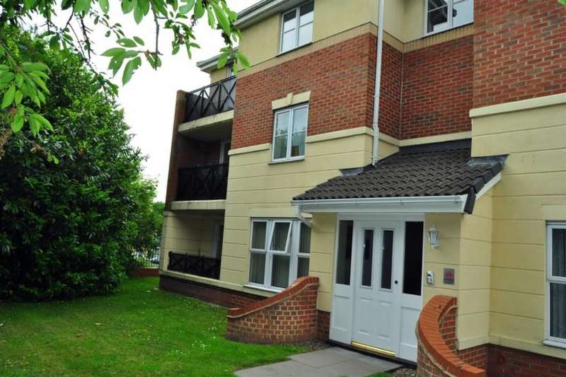 2 Bedrooms Flat for sale in Elbow Street, Cradley Heath, B64