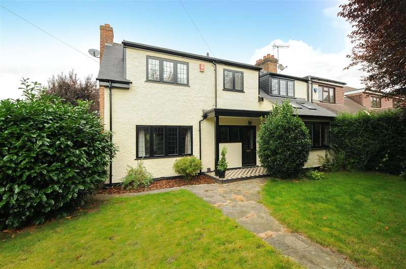 4 Bedrooms Semi Detached House for sale in Trumpsgreen Road, Virginia Water