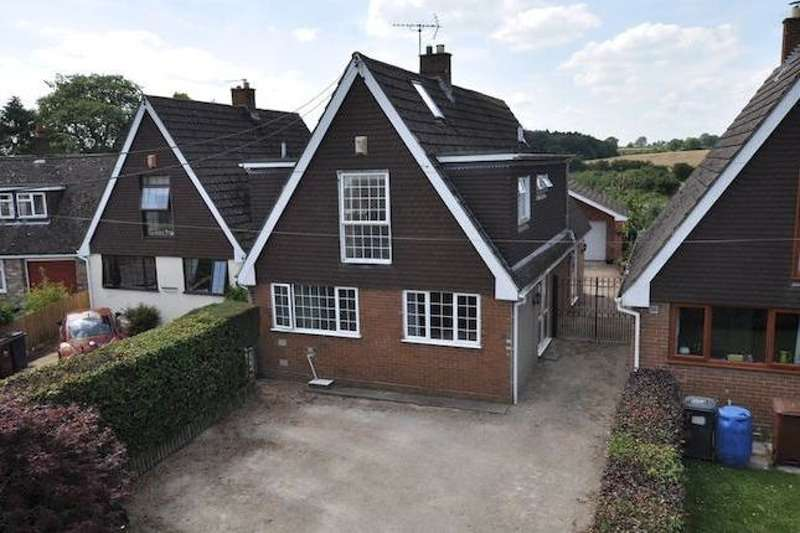 5 Bedrooms Detached House for sale in Westacres, Uttoxeter road, Kingstone, Uttoxeter, Staffordshire, ST14
