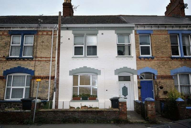 3 Bedrooms Flat for sale in 3 Bedroom Masionette, Summerland Street, Barnstaple