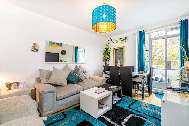 1 Bedroom Flat for sale in Hallfield Estate, Bayswater, W2