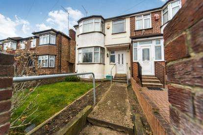 3 Bedrooms Semi Detached House for sale in Jubilee Road, Perivale, Greenford