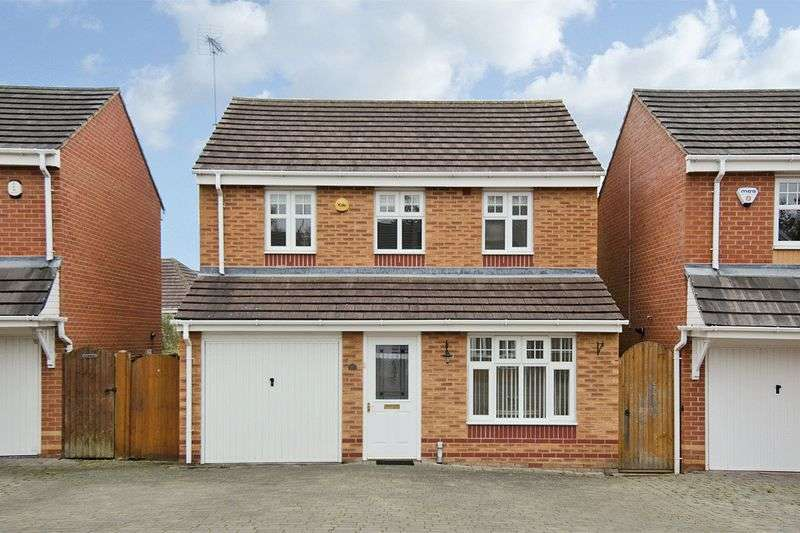 3 Bedrooms Detached House for sale in Haymaker Way, Wimblebury, Cannock