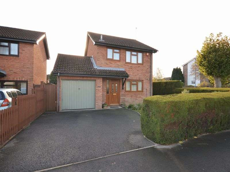 3 Bedrooms Detached House for sale in The Newlands, Abergavenny