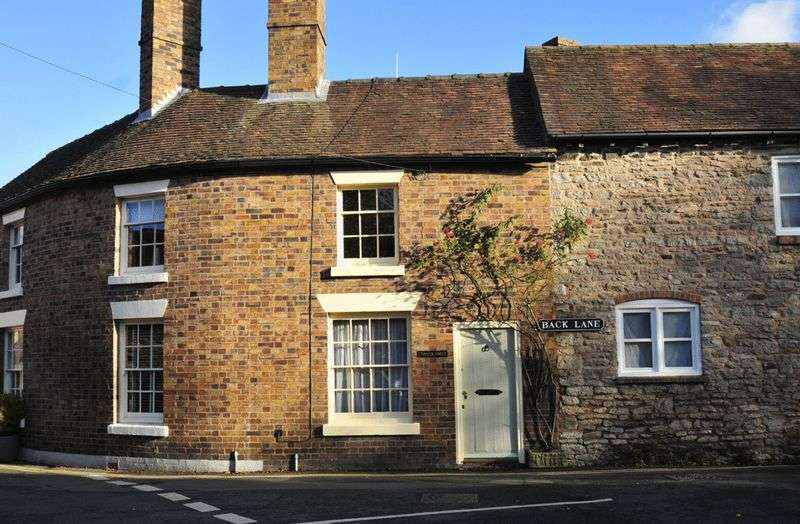 2 Bedrooms Cottage House for sale in Queen Street, Much Wenlock