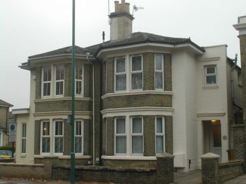 6 Bedrooms Detached House for rent in The Avenue,