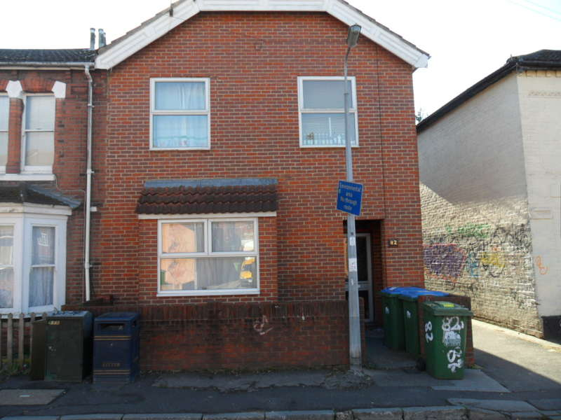6 Bedrooms Detached House for rent in Milton Road,