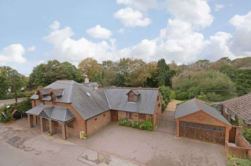 6 Bedrooms Detached House for sale in Sherfield English