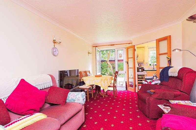 2 Bedrooms Retirement Property for sale in Victoria Drive, Bognor Regis PO21