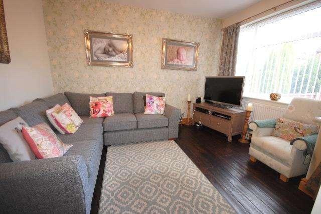 3 Bedrooms Property for sale in Meadow Street, Wigan