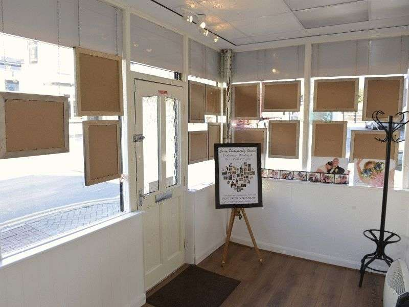 Property for sale in Station Lane shop, Pontefract