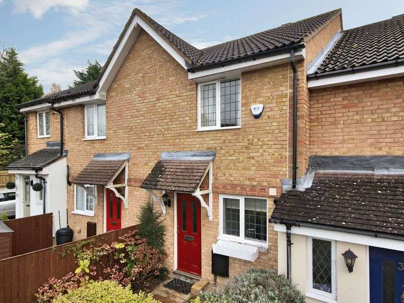 2 Bedrooms Terraced House for sale in Holder Road, Maidenbower, Crawley, West Sussex