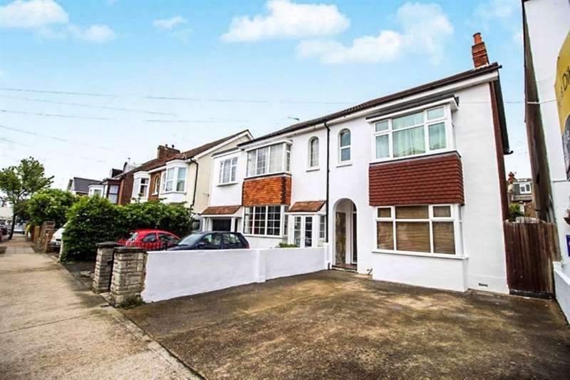 4 Bedrooms Semi Detached House for sale in Granada Road, Southsea, PO4
