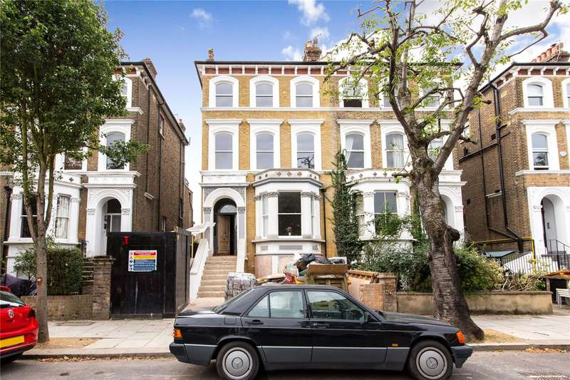 2 Bedrooms Flat for sale in St Quintin Avenue, London, W10