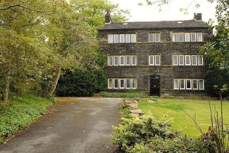 6 Bedrooms Cottage House for sale in Kinders Lane, Greenfield, Saddleworth