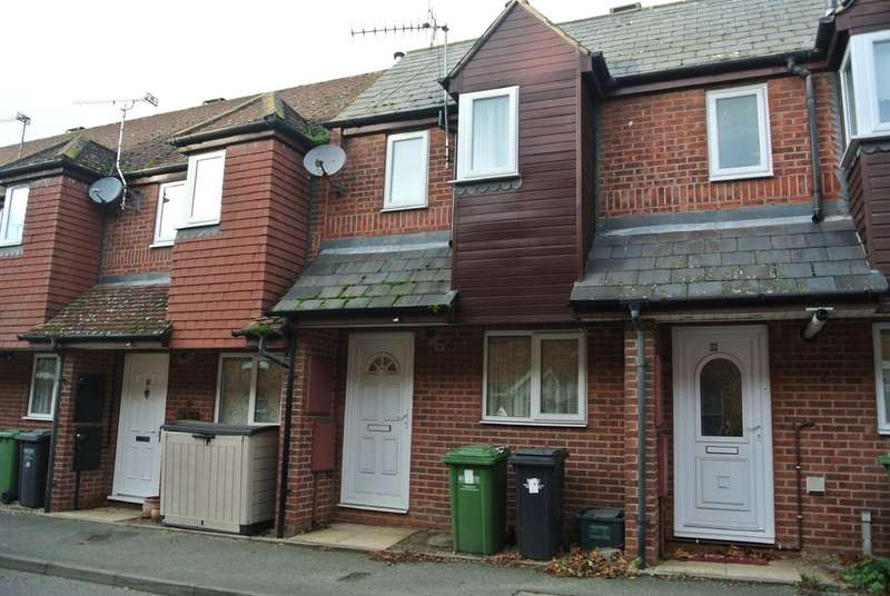 2 Bedrooms Terraced House for sale in Huxleys Way, Evesham, Worcestershire