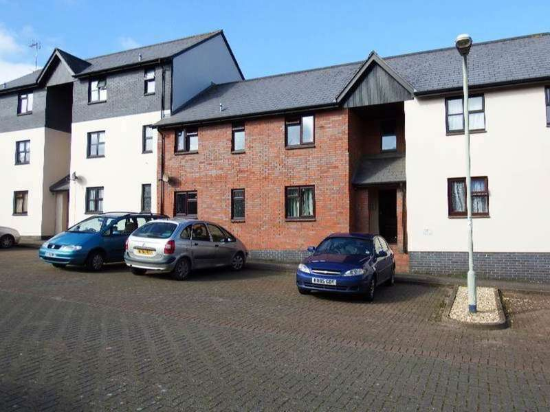 2 Bedrooms Property for sale in Newport, Barnstaple