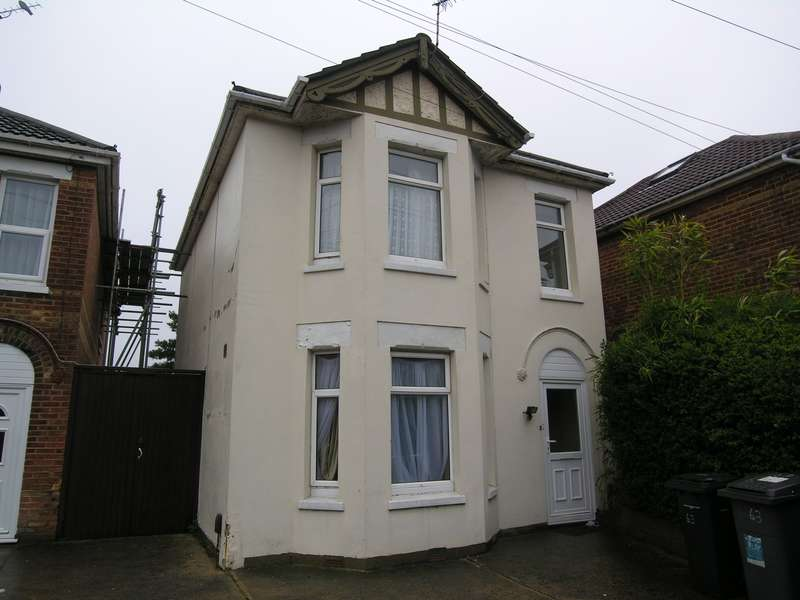 6 Bedrooms House for rent in 6 bedroom Detached House in Charminster