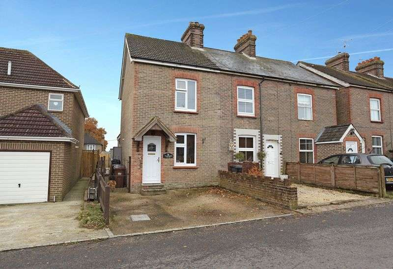 3 Bedrooms House for sale in Blackness Road, Crowborough, East Sussex