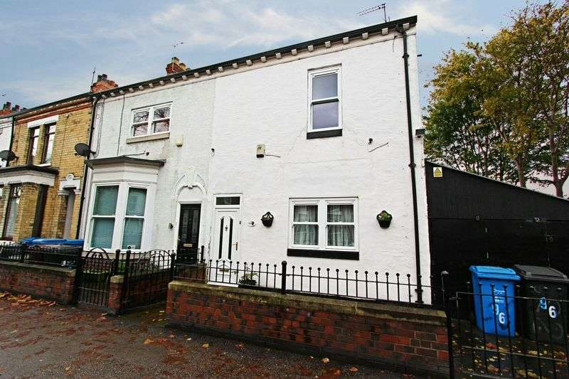 3 Bedrooms Terraced House for sale in St. Georges Road, Hull