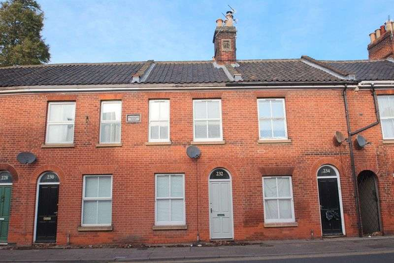 2 Bedrooms Terraced House for sale in Queens Road, Norwich