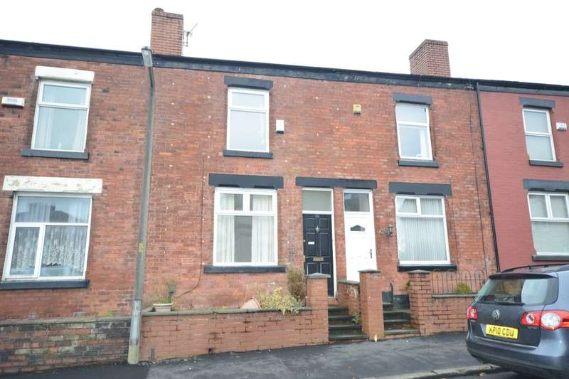 2 Bedrooms Property for rent in Trafford Street, Farnworth, Bolton, BL4