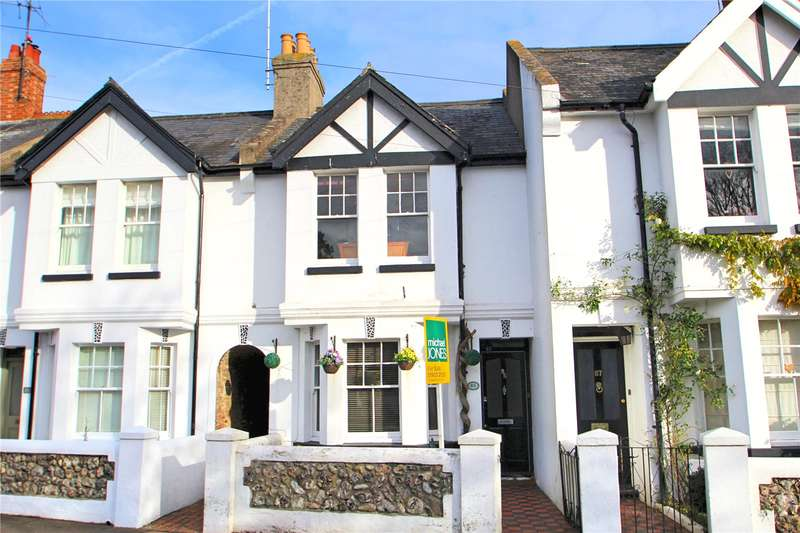 3 Bedrooms Terraced House for sale in Church Road, Tarring Village, Worthing, BN13