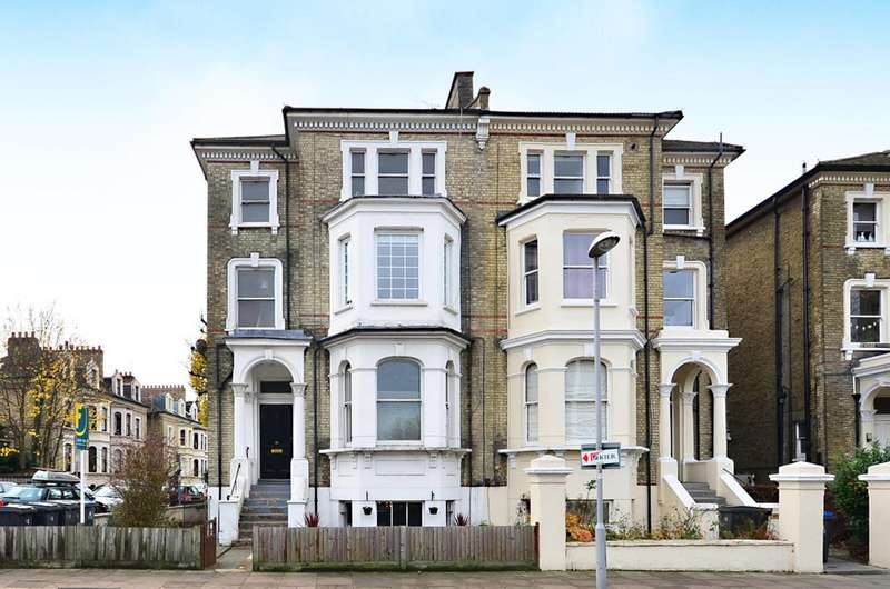 3 Bedrooms Flat for sale in St James Road, Surbiton, KT6