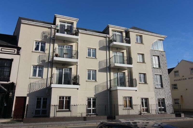 2 Bedrooms Flat for sale in Apt 4 Harbour Quay, Marine Parade , Warrenpoint BT34 3NB